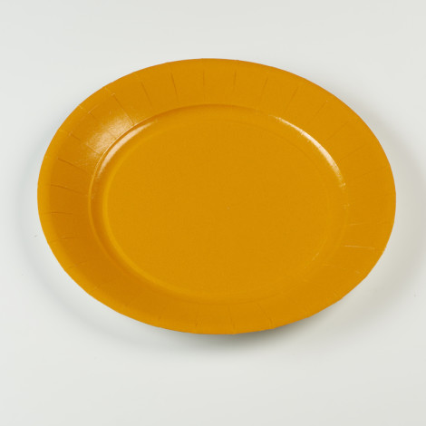 Assiettes en carton rigide de couleur orange mandarine