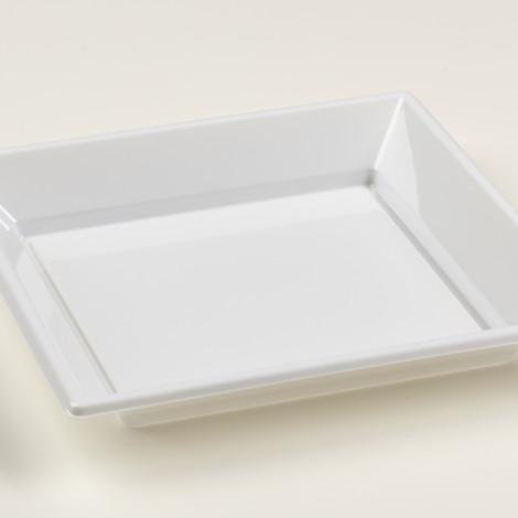 Assiettes creuses en plastique rigide de couleur blanche