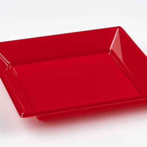 Assiettes creuses en plastique rigide de couleur rouge