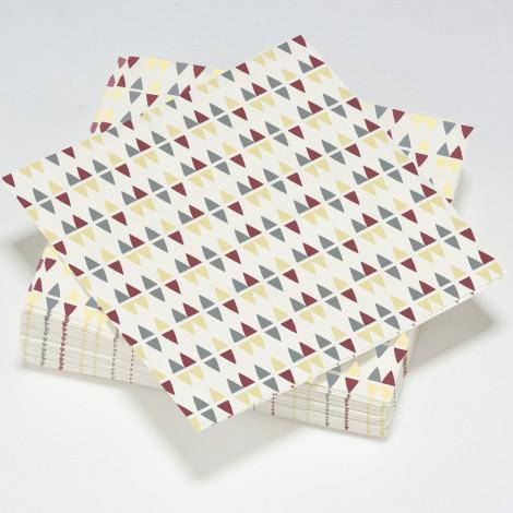 Serviettes en papier crème, illusion d'optique