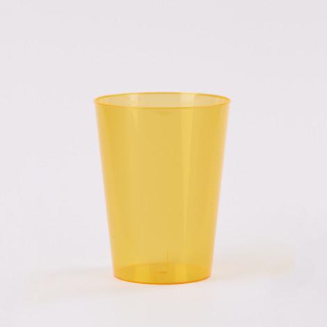 Verre en plastique de couleur orange mandarine