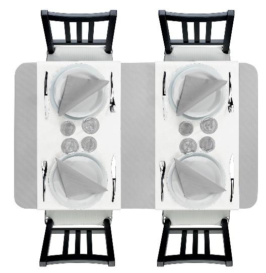 nappe et serviettes grise avec un chemin de table blanc